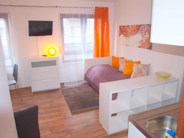 mannheim city quadrat r6 app 9 welcome inn e k. Black Bedroom Furniture Sets. Home Design Ideas